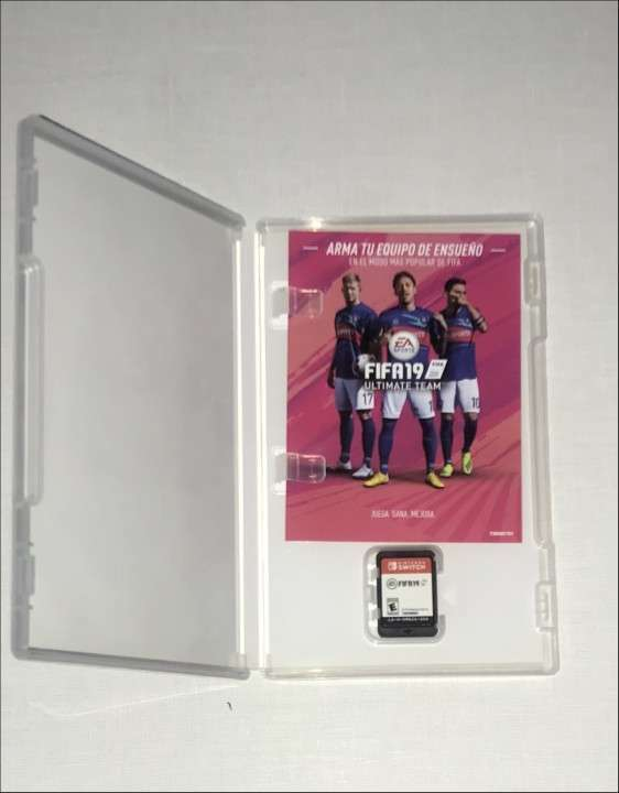 Nintendo Switch 32 gb + control Pro + FIFA 19 - 4